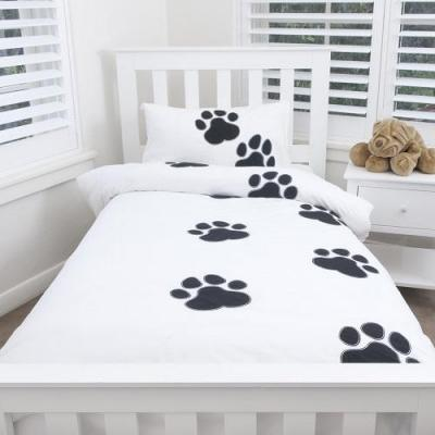 Paw Print Quilt Cover