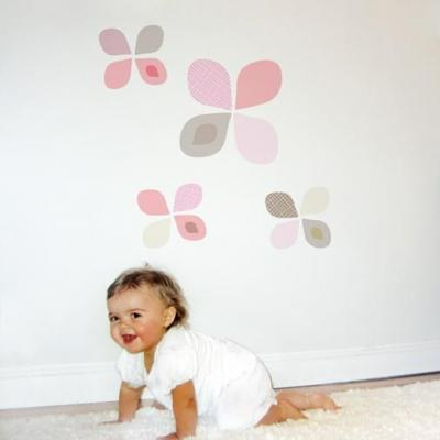 Trendy Peas Petal Fabric Wall Decal